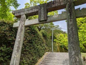 仁比山神社境内